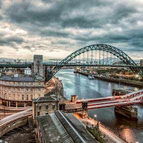From The High Level by Adam Lang - Buildings & Architecture Bridges & Suspended Structures ( trailing light, river tyne, quayside, tyne bridge, newcastle, high level, swing bridge )