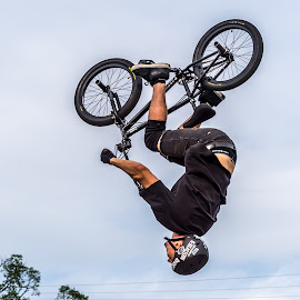 Over the Top by Mike Watts - Sports & Fitness Cycling ( cycling, bmx, trick, bmx.cycling )
