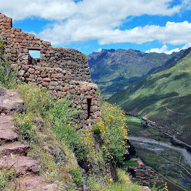 Stairway to the Tower by Alessandro Pinto - Landscapes Travel ( green, pisac, cusco, incas, peru, andes, andean, south america, maountains, valley, urubamba, sacred, landscape, cuzco,  )