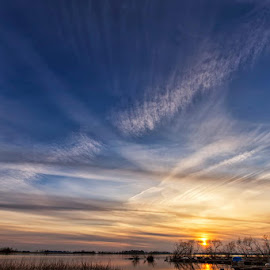 Sunset on Vättern lake (Sweden) by Bruno Canon Eos - Uncategorized All Uncategorized