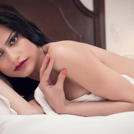 The Contact by Ravinder Saini - Nudes & Boudoir Boudoir ( boudoir photography, bold, sexy, nude, backless, boudoir, beautiful, eyes, sensual )