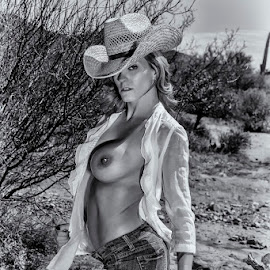 Howdy Cowboy! by Kens Yeaglin - Nudes & Boudoir Artistic Nude ( cowboy, desert, nude, topless, angelamarie, outdoors, cowgirl, black adn white )