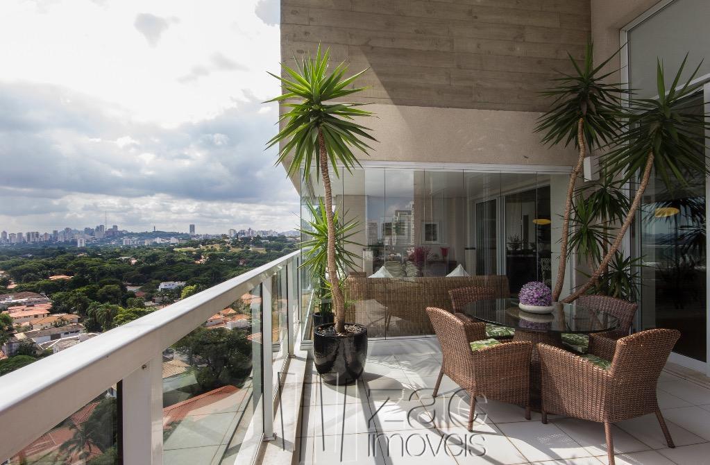 Por do sol aos seus pés, por Konigsberger Vannucchi Arquitetos!