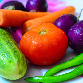 Fresh veggies by Shiva Ranjita - Food & Drink Fruits & Vegetables ( fresh, colorful, vegetables, day, garden )