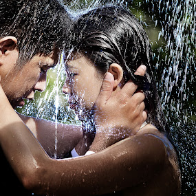 rain by Eight Espino - People Couples