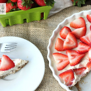 Healthy No-Bake Strawberry Tart