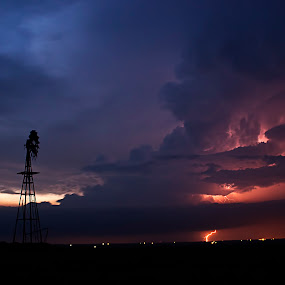 Supercell at sunset by Brett Wright - Landscapes Weather ( clouds, hail, wind, western oklahoma, tornadoes, supercell, storm, hurricane, windfarm, towers, lighting, plains, tornado, west, windmill, rain )