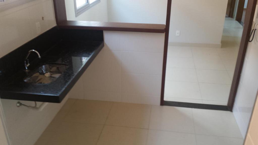 Apartamento residencial à venda, Diamante (Barreiro), Belo Horizonte.