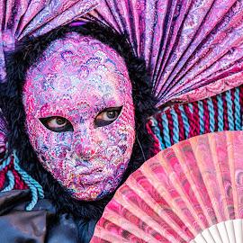 by Winfried Rusch - People Street & Candids ( farbe, bunt, karneval, venedig, italien, reisen, maske, europa )