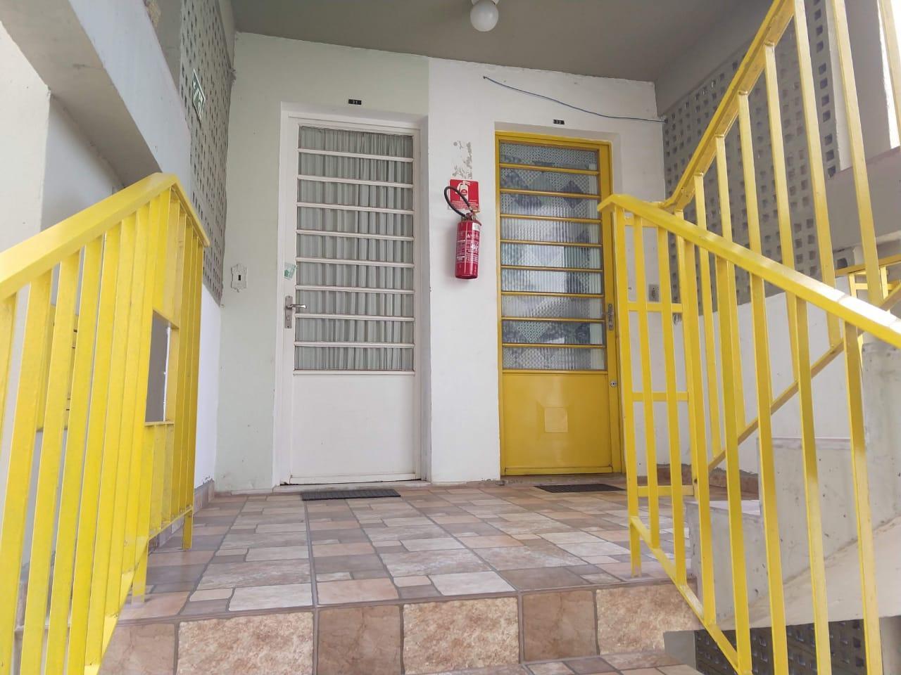 Apartamento com 2 dormitórios à venda, 58 m² por R$ 100.000 - Núcleo Residencial João Magi - Itatiba/SP