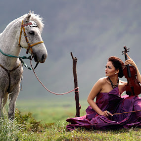 Beauty and The Horse by Endra Martini - People Portraits of Women