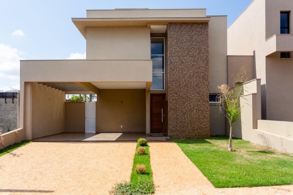 Casa com quartos para Alugar, 182 m²