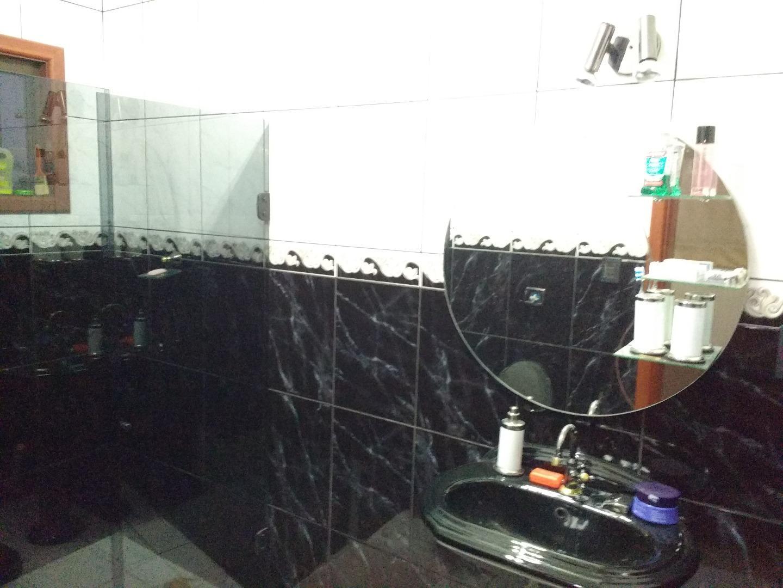 Casa / Sobrado à Venda - Wanel Ville