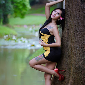 Minis Trees by Deddy Dwianto - People Portraits of Women
