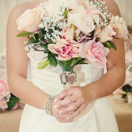 by Leann Smith - Wedding Details