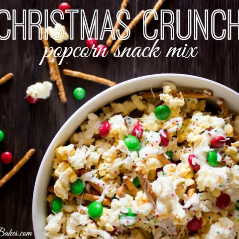 Christmas Crunch Popcorn Snack Mix