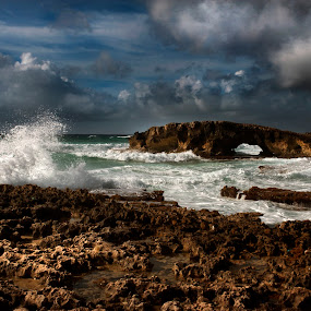 Rocks and waves by Cristobal Garciaferro Rubio - Landscapes Caves & Formations ( water, clouds, sky, waves, cozumel, sea )