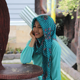 hijab by Jhoni Lianis - People Fashion ( casual, cloudscape, hijab, close up, natural )