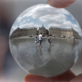 In the bubble by Cédric Guere - City,  Street & Park  Street Scenes ( water, bubble, ball, street, bordeaux, france, cristal, city )