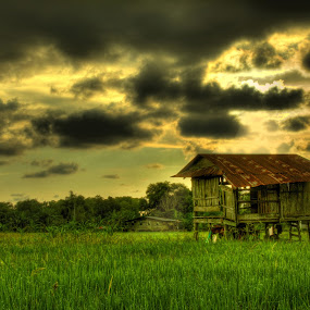 Batangan Tuaran by Fabian Bee - Landscapes Travel