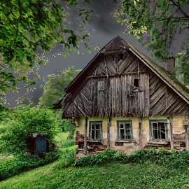 The cottage by Michal Fokt - Buildings & Architecture Decaying & Abandoned ( cottage, abandoned )