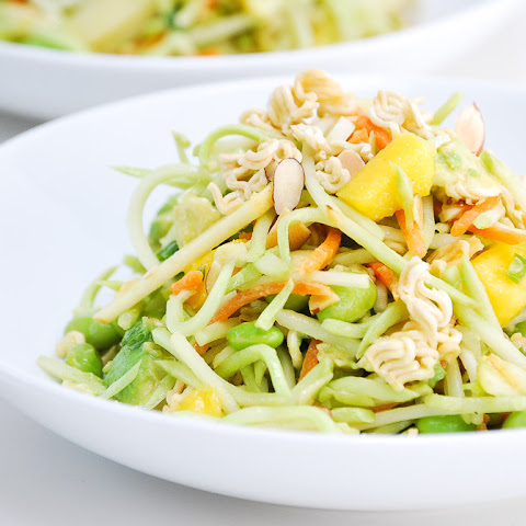 Crunchy Asian Broccoli Slaw Salad