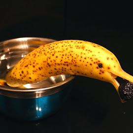 bannana dolphin by Liviu Nanu - Food & Drink Fruits & Vegetables ( banana, bowl, pepper, olive )