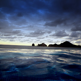 Infinity pool by Danniel McKnight - Landscapes Travel