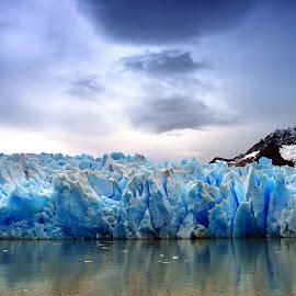 Gray glacier by Tomasz Budziak - Landscapes Caves & Formations ( glacier, formations, landscapes )
