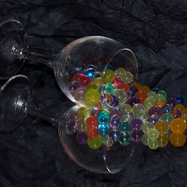 glass with the colored balls by LADOCKi Elvira - Artistic Objects Glass