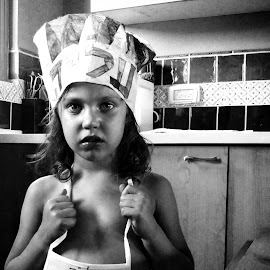 little chef by Moshe Friedline - Babies & Children Children Candids ( girl, candid, kids, chef, kids portrait )