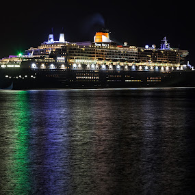 Queen Mary 2 by Peter Cannon - Transportation Boats ( canon, melbourne, ship, cruise ship, reflections, transportation, boat, port melbourne, queen mary, australia, queen mary 2, night, long exposure )