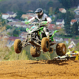 Jump by Gérard CHATENET - Sports & Fitness Motorsports