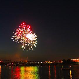 by Kristy Shamburg - Public Holidays July 4th ( water, fireworks, summer, july 4th,  )