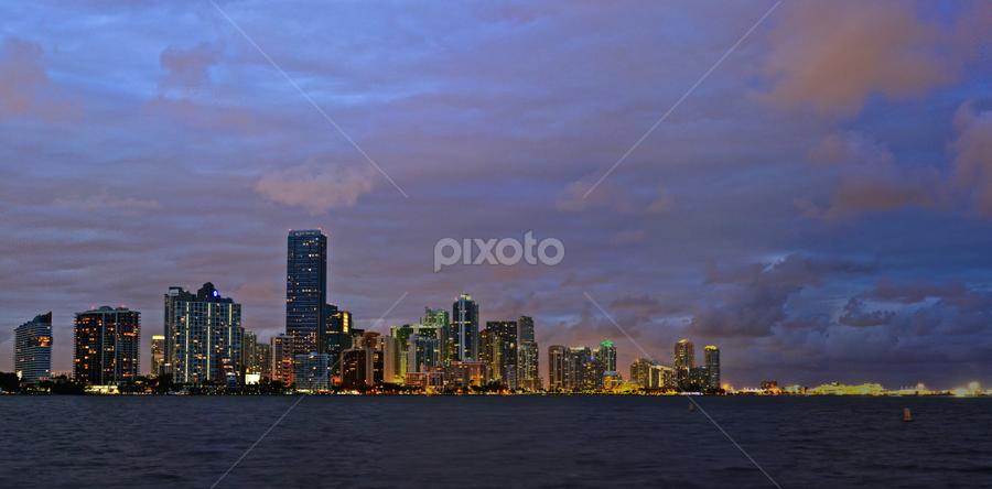 by Larry Glick - City,  Street & Park  Skylines