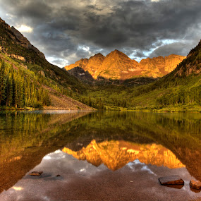 Maroon Bells by Tom Cuccio - Landscapes Mountains & Hills ( reflection, mountain, colorado, sunrise, morning, maroon bells, landscape, aspen )