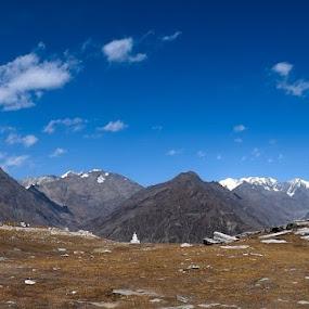 Rotang Pass by Pranab Sarkar - Landscapes Mountains & Hills ( blue sky, beautiful, mountain, panorama, india )