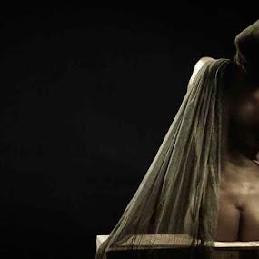 De Ja Vu by Gendis Photoworks - Nudes & Boudoir Artistic Nude