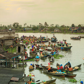 floating market 2 by Rachmat Sandiko - Transportation Boats