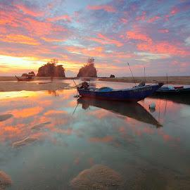 Kemasik Beach by Pok  Rie - Landscapes Sunsets & Sunrises