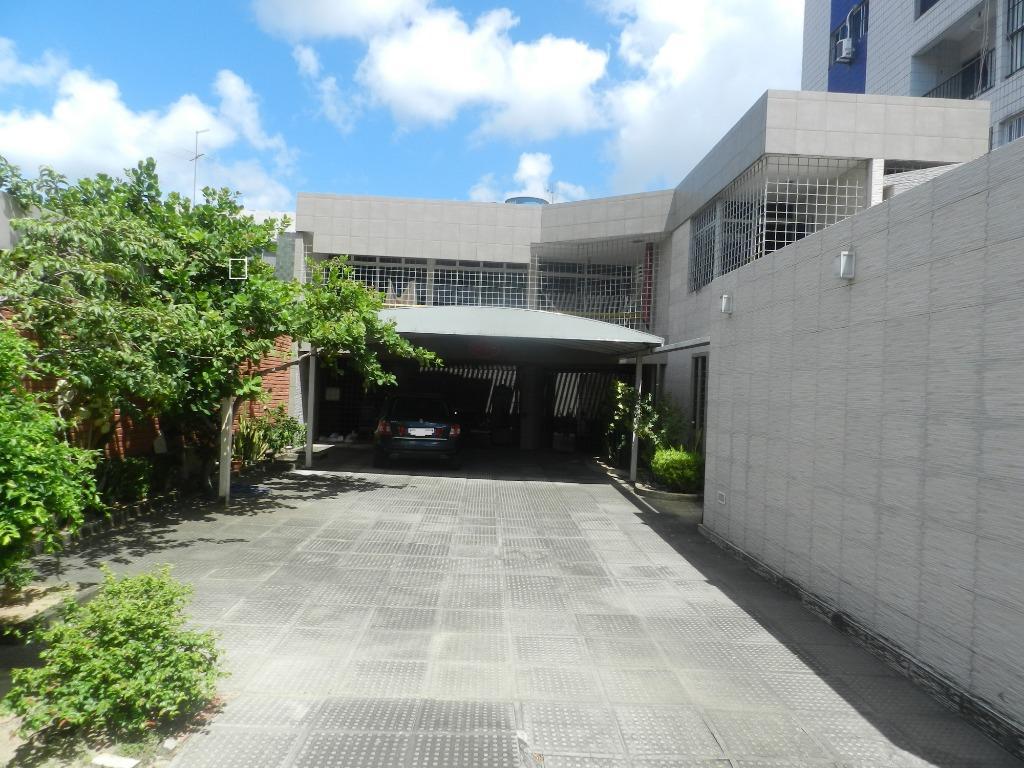 Casa com 3 dormitórios para alugar, 241 m² por R$ 4.500/mês - Cidade Universitária - Recife/PE