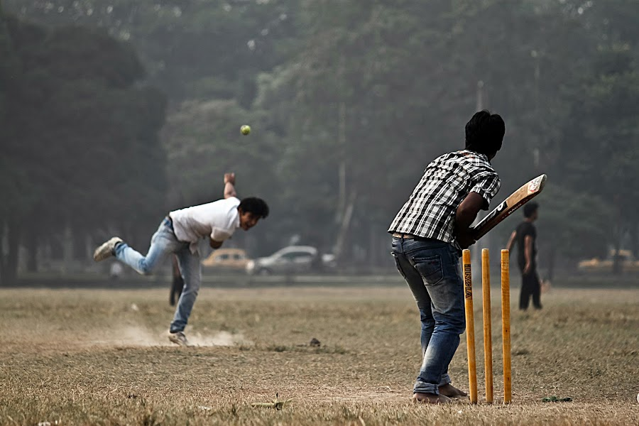 by NEELANJAN BASU - Sports & Fitness Cricket ( games, ball, winter, player, cricket, play, ground, bat, game, match, wicket )