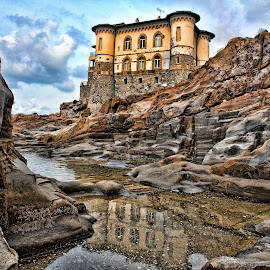 Home in a Castle by Gianluca Presto - Buildings & Architecture Homes ( clouds, water, home, water reflection, reflection, tuscany, cliffs, hdr, sea, architecture, house, sky, ancient home, dramatic, cloudy, castle, livorno, homes, italy, rocks )