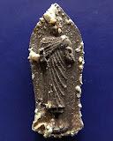 2.พระพุทธนราวันตบพิธ ผสมผงจิตรลดา+เส้นพระเจ้า (เส้นพระเกศาในหลวง) หลัง ภปร. พร้อมกล่องเดิม