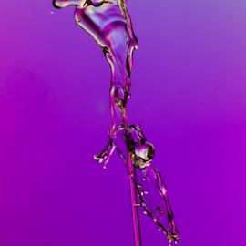 Mr Nose Drop by Radijsje VC - Abstract Water Drops & Splashes ( drops, watersplash )