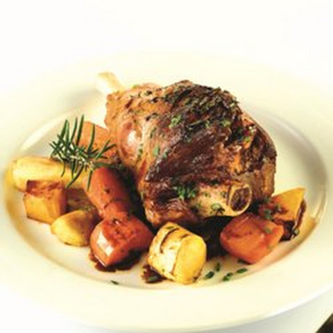 Lamb Shanks wth Roasted Vegetables