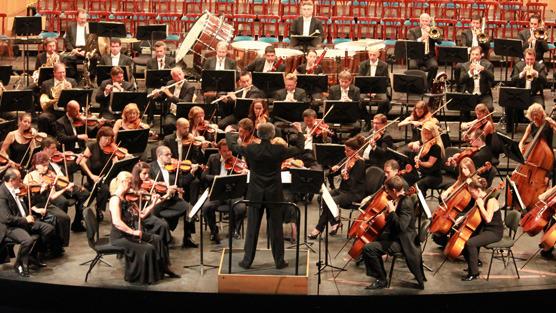 FESTIVAL CIUDAD DE FUENGIROLA: Orquesta Filarmónica de Málaga, Pegasus Simphony Orchestra.