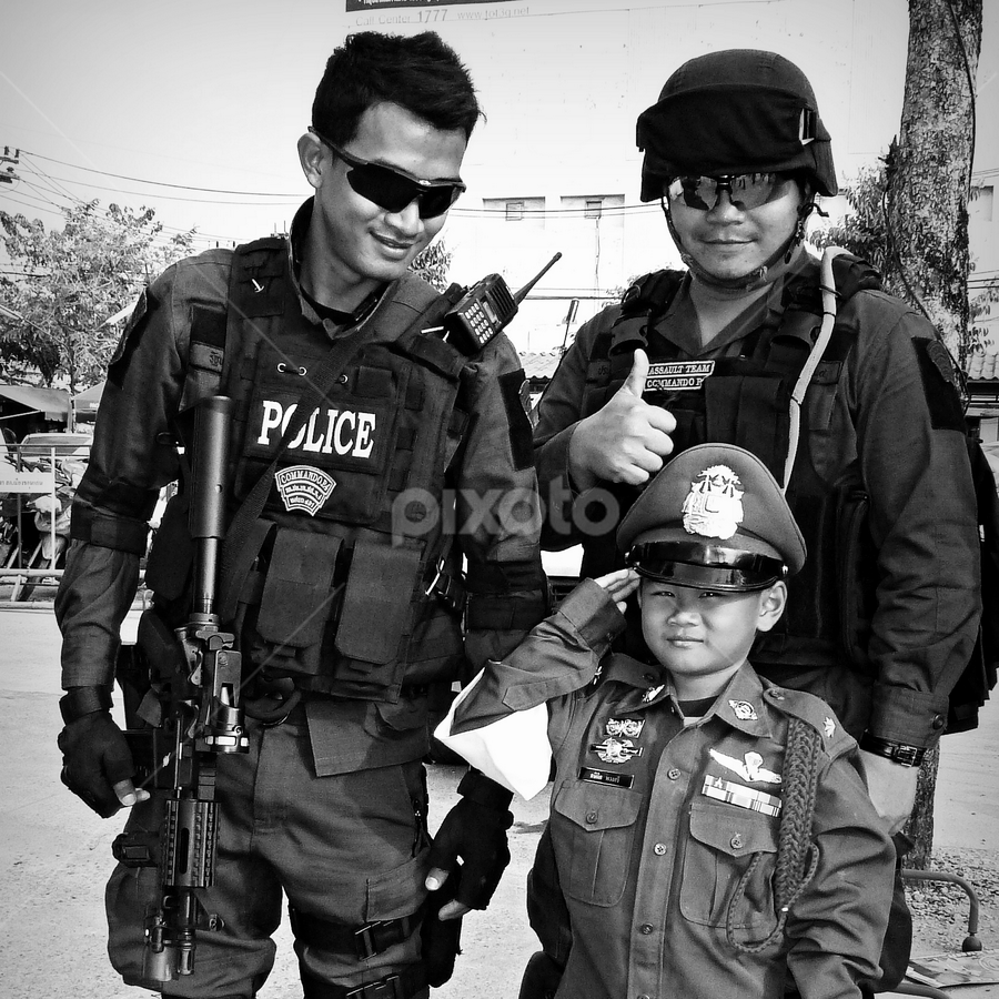 Childrens Day,Thailand. by Ian Gledhill - News & Events World Events ( police, black and white, event, thailand, asia, children, people,  )