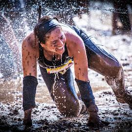 endurance 7 by Jose Luis Mendez Fernandez - Sports & Fitness Running ( splash, woman, summer, splash water photography, running, athlete )