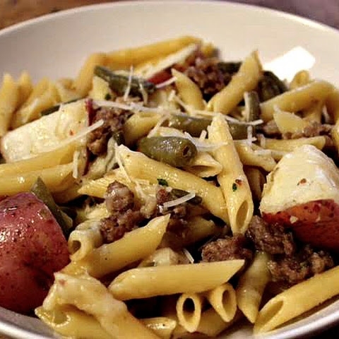 PENNE WITH SAUSAGE, RED POTATOES, AND GREEN BEANS